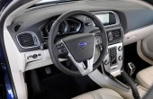 2020 Volvo V40 Interior Features
