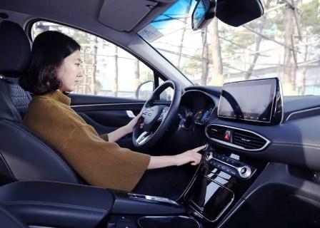 Hyundai Santa Fe Interior Pictures