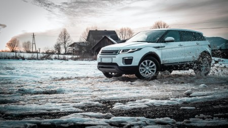 Range Rover Evoque For Snow Driving Review