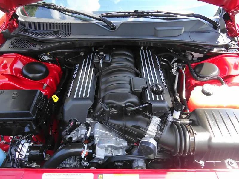 6.4 HEMI V8 Engine