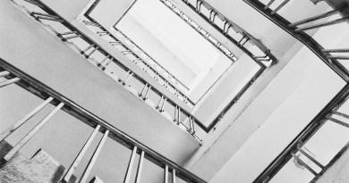 Stairs Stairway Railings  - skinzamamuddin / Pixabay