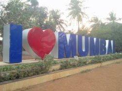 The I Love Mumbai neon sign at Juhu
