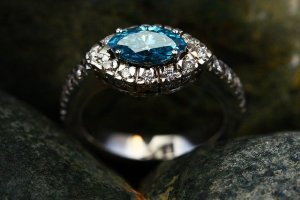 tips on giving jewelry that they will love - Tips On Giving Jewelry That They Will Love