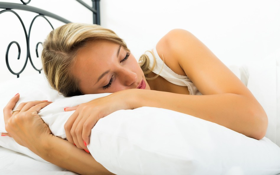 The Best Sleeping Pillow to Help You Sleep Better