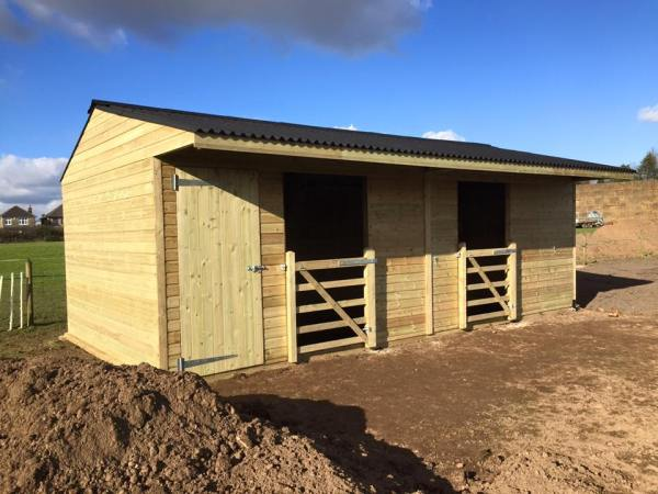 Mobile Field Shelter with Tack Room