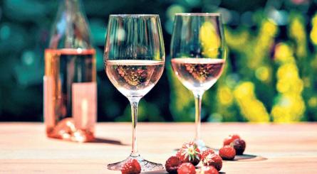 Rosé wine in summer
