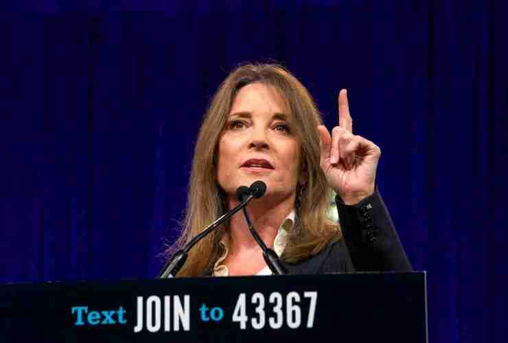 Marianne Williamson Endorses Bernie Sanders 21