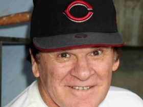 """President Trump Pushes for Pete Rose to be Reinstated """"Its Time!"""" 8"""