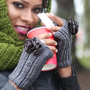 FITTENS (FINGERLESS MITTENS)-DOVE