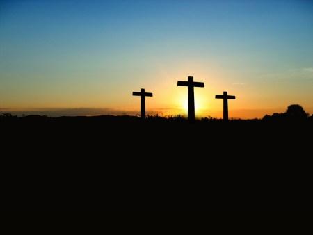 골고다 언덕 위 세개의 십자가