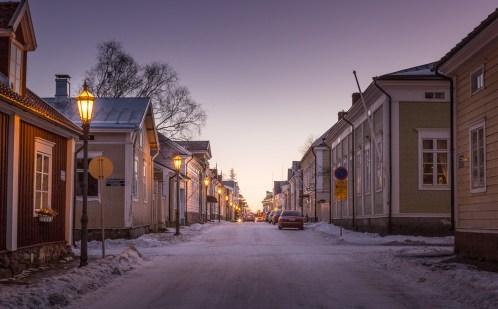 Straight streets