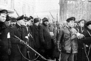 On this day - Pietarin tyolaisjoukot