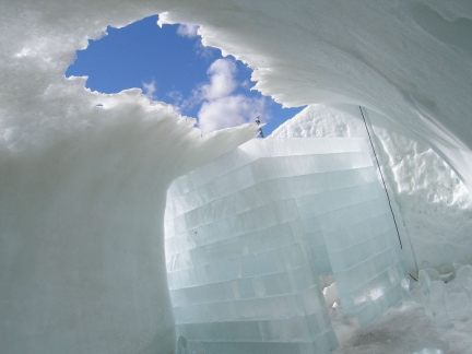 Icehotel Icecube Suite, 2005 - Das Abschmelzen | Foto Luca Roncoroni