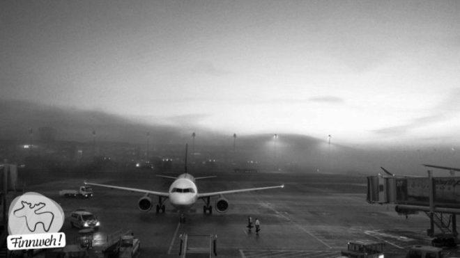 Flughafen München an einem nebligen Januar-Morgen.