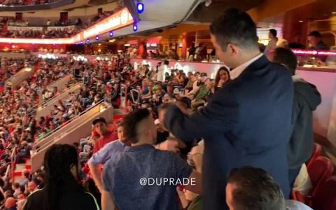 Español bocazas liándola en el partido Heat vs Bulls en Miami