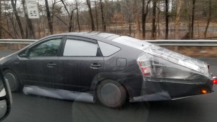 Cuando quieres optimizar al máximo la eficiencia aerodinámica de tu Prius