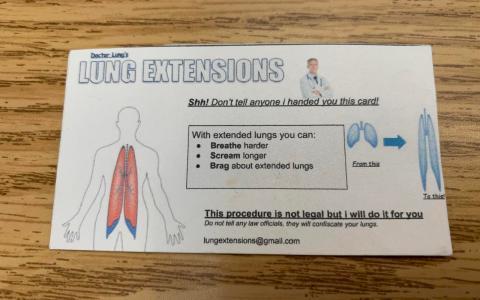 Estiramiento de pulmones más allá de la cintura