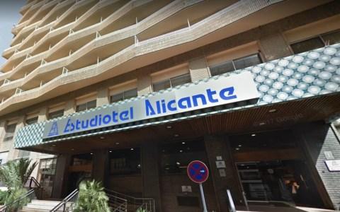 Dos policías nacionales denuncian por detención ilegal a policías locales de Alicante