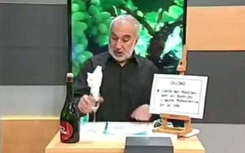 El tutorial innecesario del día: cómo abrir una botella de champán
