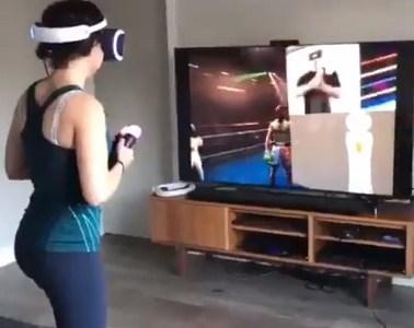 Jugando a boxeo virtual sosegadamente