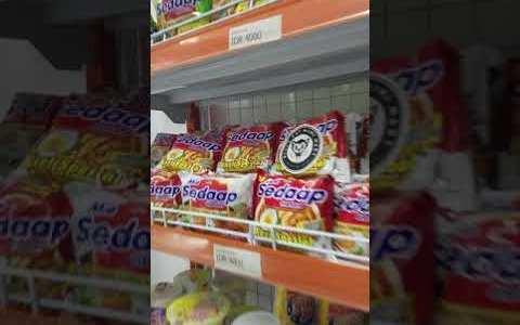 Este supermercado oculta algo que no te esperas