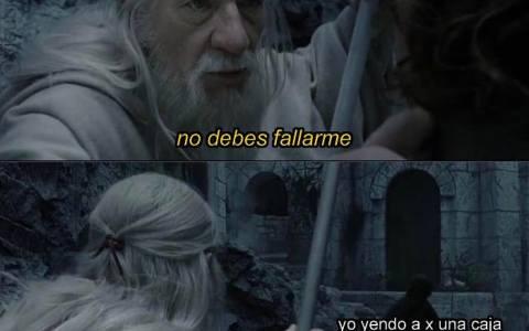 CORRE Y NO MIRES ATRÁS