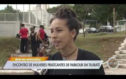 Parkour femenino demigrante made in Brazil