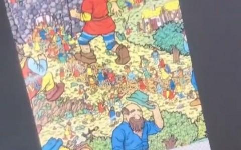 El mal por el mal: Borrando a Wally y devolviendo el libro