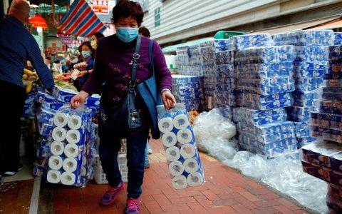 Sofocan un incendio en Granada avivado por la acumulación de papel higiénico