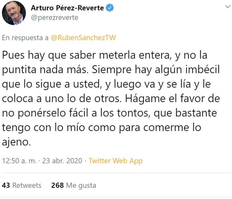Pérez Reverte recomienda meterla antera