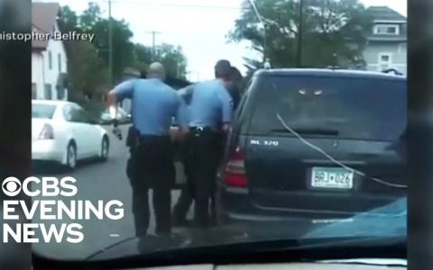 La situación empeora en Minneapolis: Queman la tercera comisaría