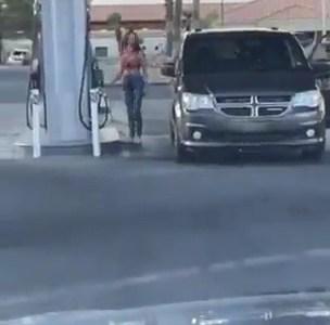 """""""Oh, me equivoqué de lado en la gasolinera..."""""""