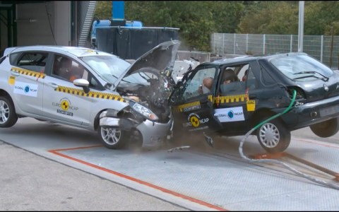 Crash Tests entre coches modernos y coches viejos