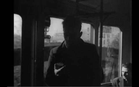 El cineasta J.K Raymond Millet vaticinó en 1947 cómo los móviles nos iban a convertir en zombies