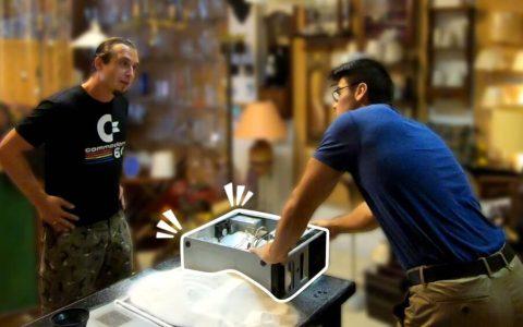 Llena su PC con 20 Kg de azúcar y contrata a un técnico para que lo arregle