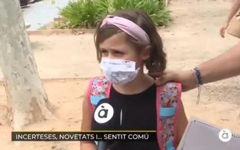 Esta niña explica de forma magistral por qué debes llevar mascarilla