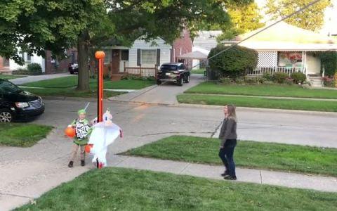 En EEUU ya han encontrado la forma de disfrutar del Halloween manteniendo la distancia social