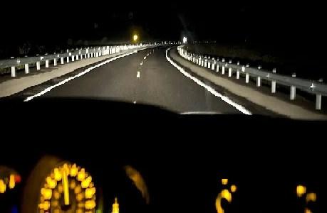 Nunca lo entenderán hasta que conduzcan de noche...