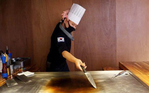 Cocina flipada con el Salt Bae coreano