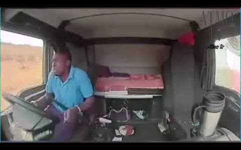 """Sudáfrica: el conductor de un camión sufre un intento de asalto, con """"balasera"""" incluida"""