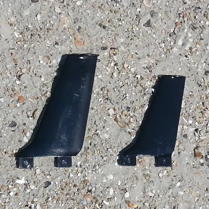 "4.8"" fin (right) compared to 5.7"" fin"