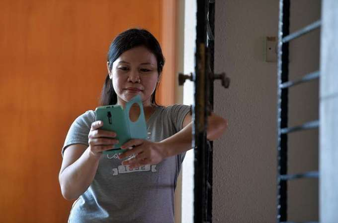 Portal lets maid take control of earnings sent home to Philippines