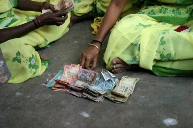 India: an ambitious move toward a cashless society