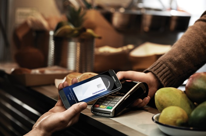 Samsung Pay gets a refreshed interface that transforms it into a digital wallet