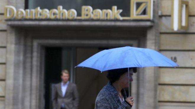 Deutsche Bank defended by German firms
