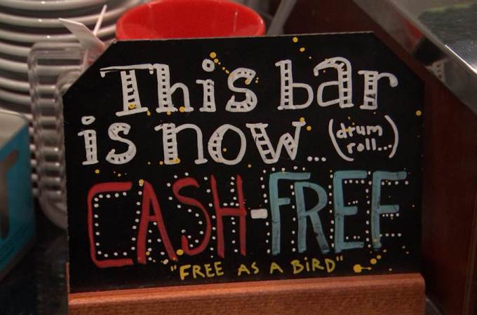 Imagining a Cashless World
