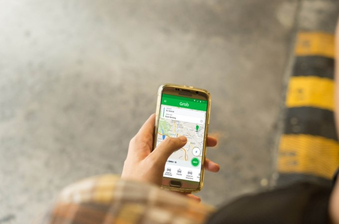 Ride-hailing app Grab introduces P2P payments feature