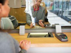 Считайте деньги не отходя от кассы, или как обманывают в банках