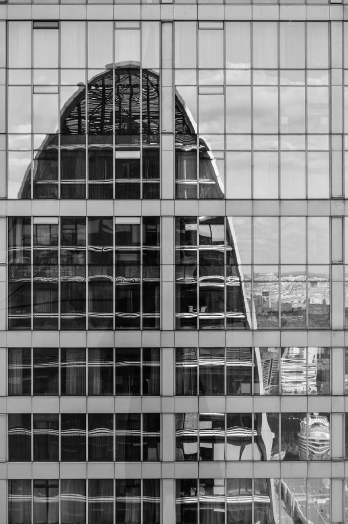 office, office building, glazing-4336394.jpg