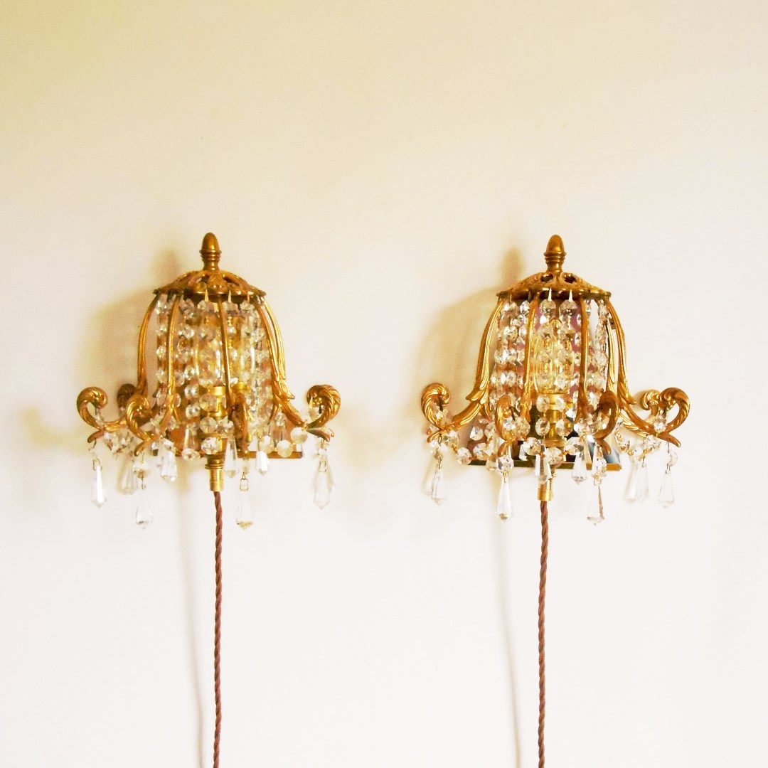 Chandelier wall sconces ●